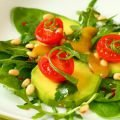 Salad with Arugula and Avocado